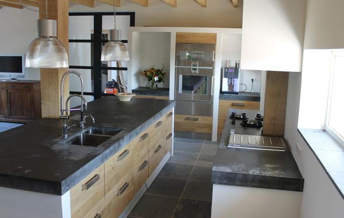 Houten Koak Design Keuken Met Ikea Kasten Dik Betonnen Blad Van 10 Cm Ter Plaatse Gestort Foto Geplaatst Door Koakdesign Op Welke Nl