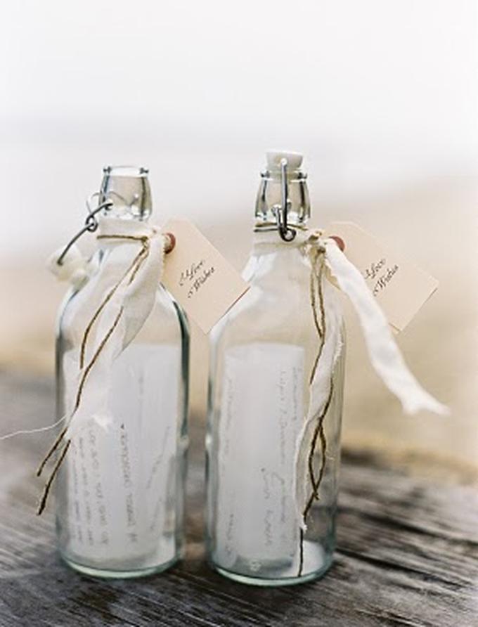 DIY: 'Message in a bottle'. Foto geplaatst door Tiara op