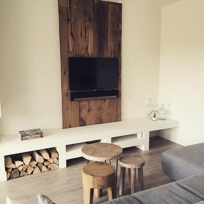 Tv Meubel Wand.Tv Wand Met Daarbij Een Tv Meubel Op Maat Gemaakt Wand Is Gemaakt