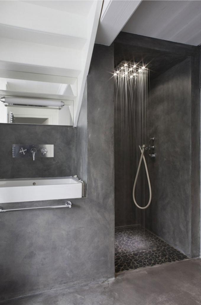 Ongebruikt Stoere grijze douche in betonlook muur en vloer. Product kan ook OZ-11