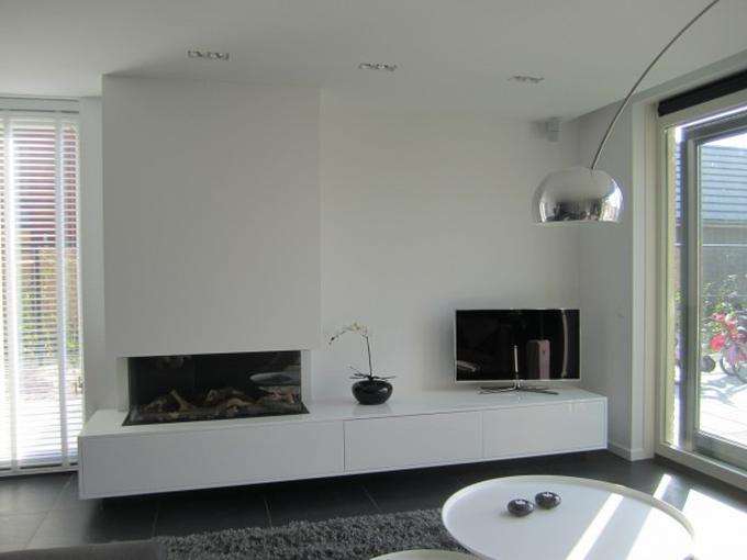 Fonkelnieuw Gashaard met tv meubel Hooijer haarden vloeren. Foto geplaatst FU-61