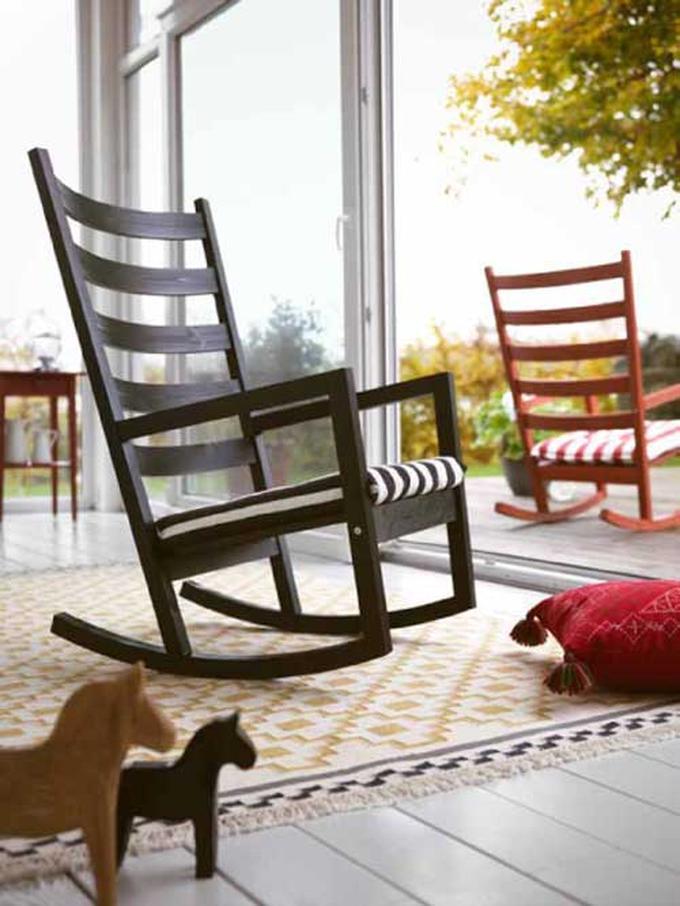Ongekend Ikea schommelstoel voor binnen en buiten. Schommelstoel Varmdo is UG-26