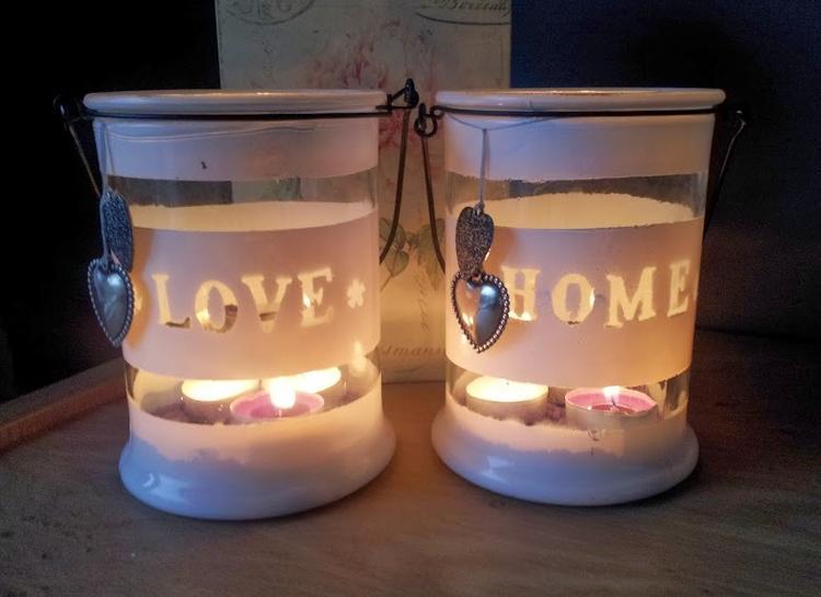 Zeer van gewone Glazen potten tot mooie huis decoratie :). Foto  @KT74
