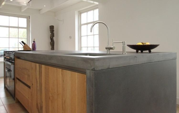 Houten Keuken Beton : Eiken houten keuken met betonnen keukenblad foto geplaatst door