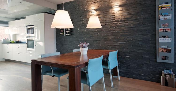 Eetkamer Keuken Open : Moderne eetkamer met open keuken barroco wand foto geplaatst
