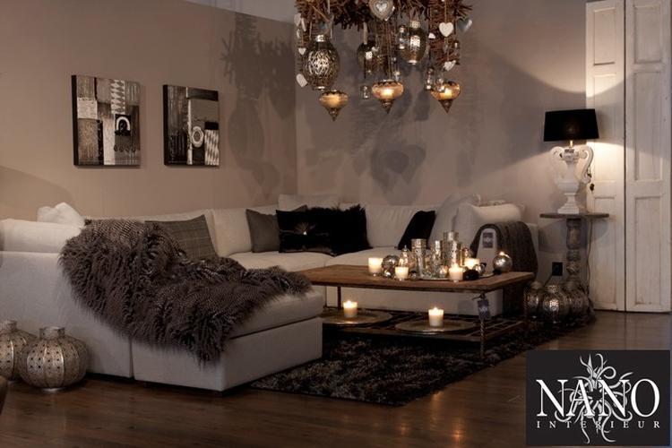 https://cdn2.welke.nl/cache/crop/750/auto/photo/10/60/8/Warme-sfeer-mooie-kleuren-en-serie-Marokaanse-lampen-geven-een.1336324301-van-svanloon86.jpeg