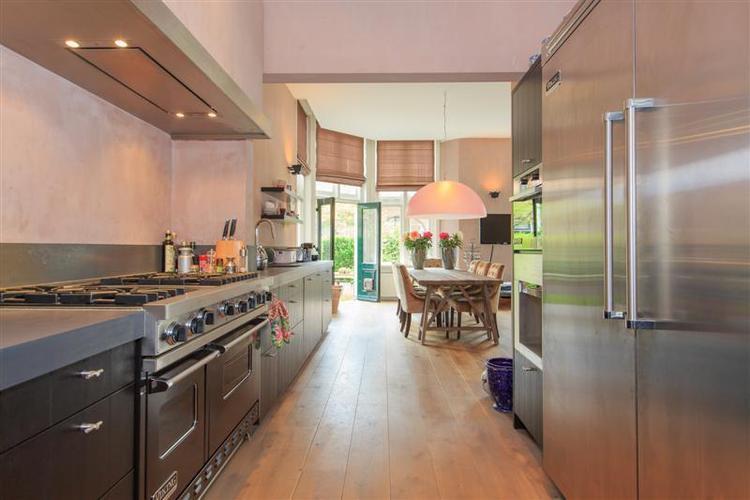 Mooie keuken, met doorlopend aanrecht in woonkamer.. Foto geplaatst ...