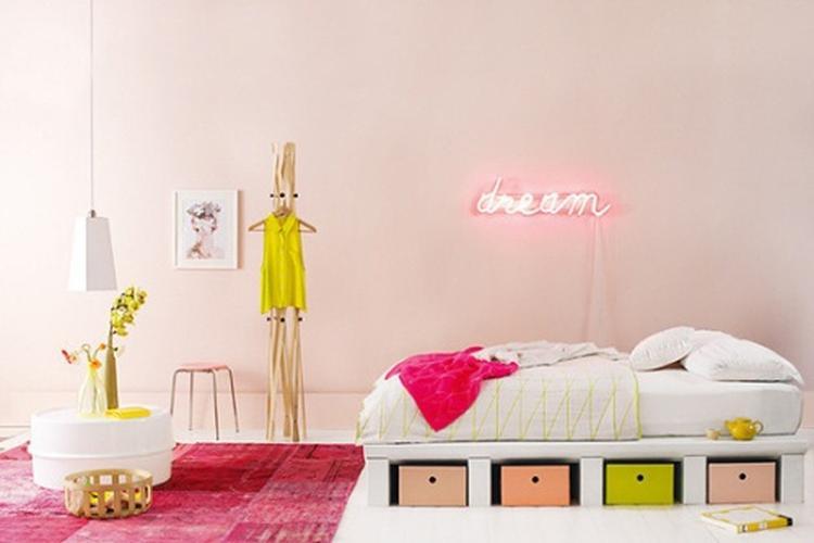 neon pastel in de slaapkamer