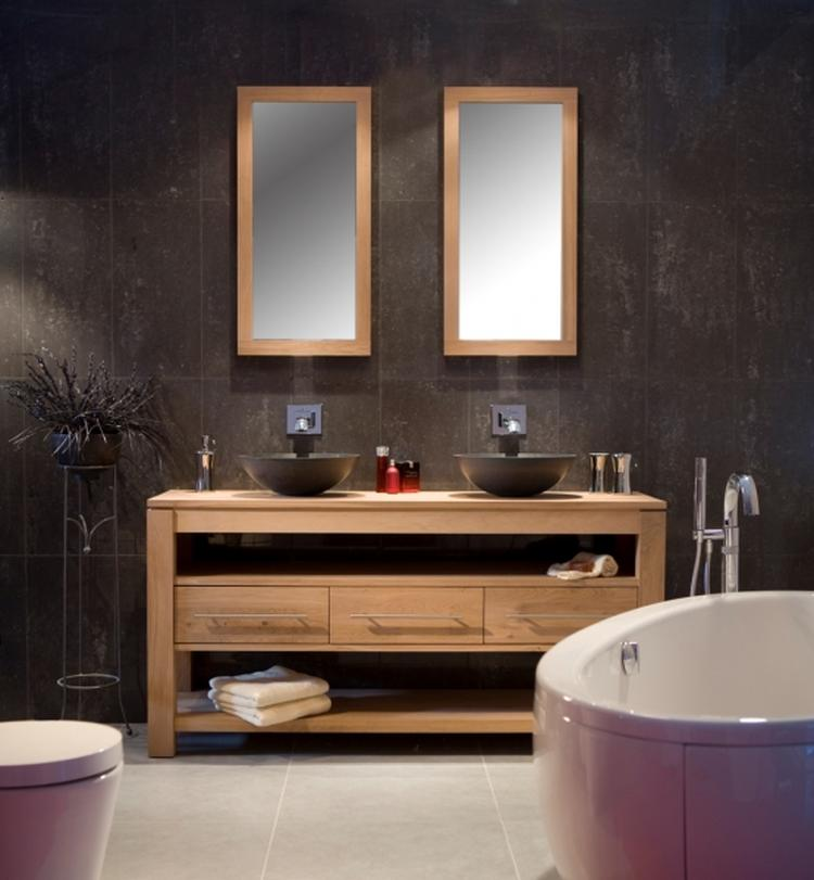 Warme kleuren in de badkamer. Foto geplaatst door giordano op Welke.nl