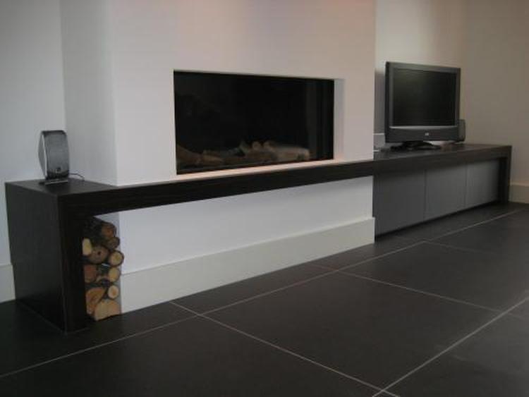 Tv meubel naast openhaard. Foto geplaatst door meikev74 op Welke.nl
