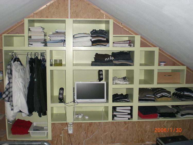 Voorkeur Kast in de muur. Handig met een schuin dak. Multiplex 15 mm, MDF TB65