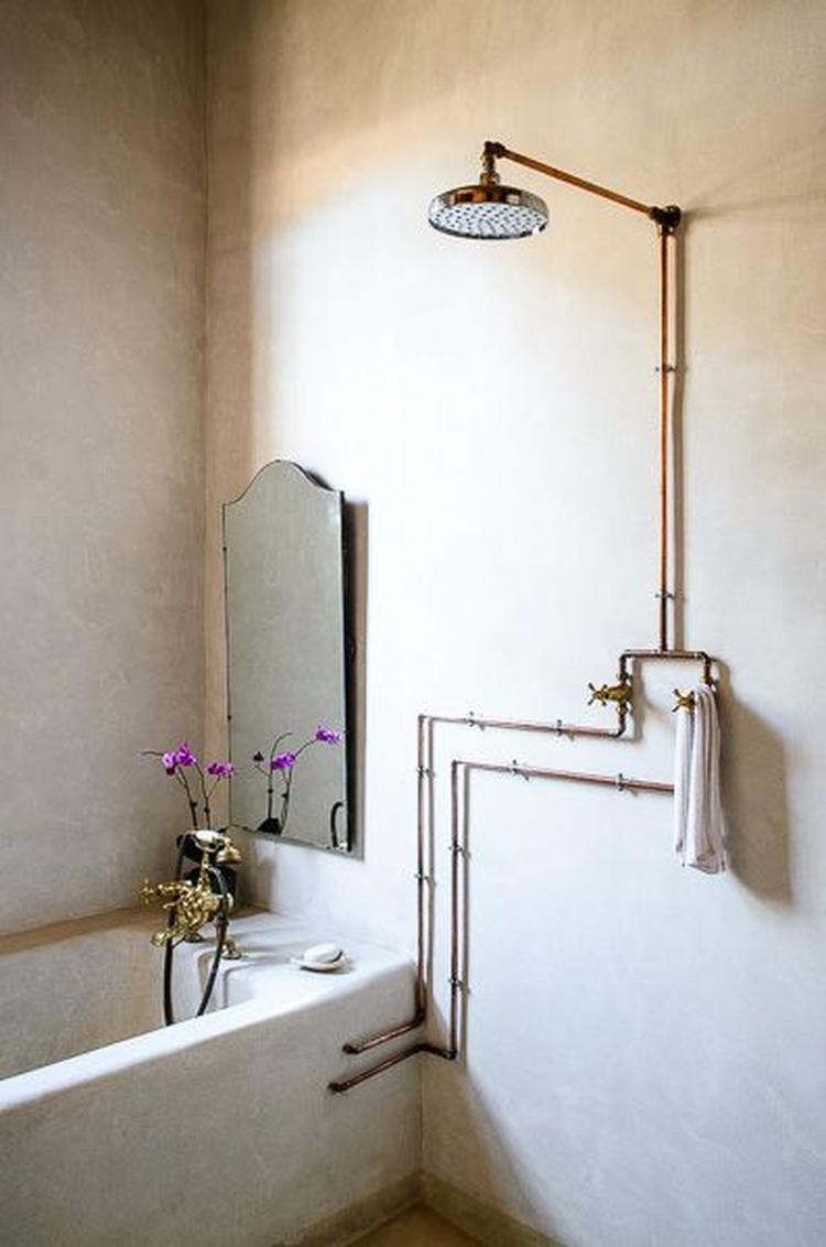Sobere look . Simpele manier om van je bestaande badkamer toch iets ...