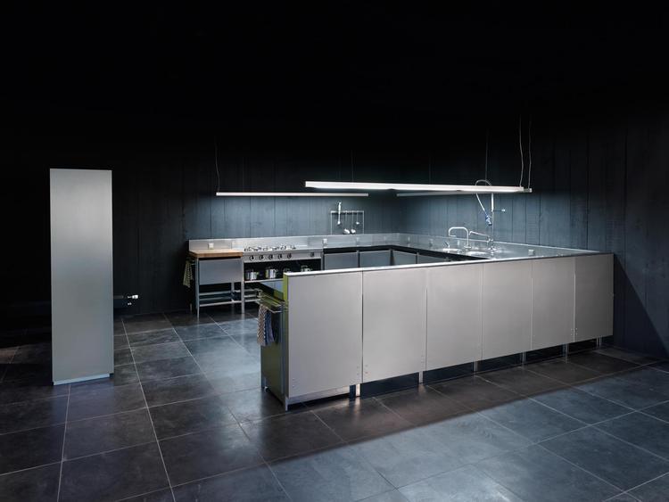 Moderne industriële keuken voor thuis voor de professionele
