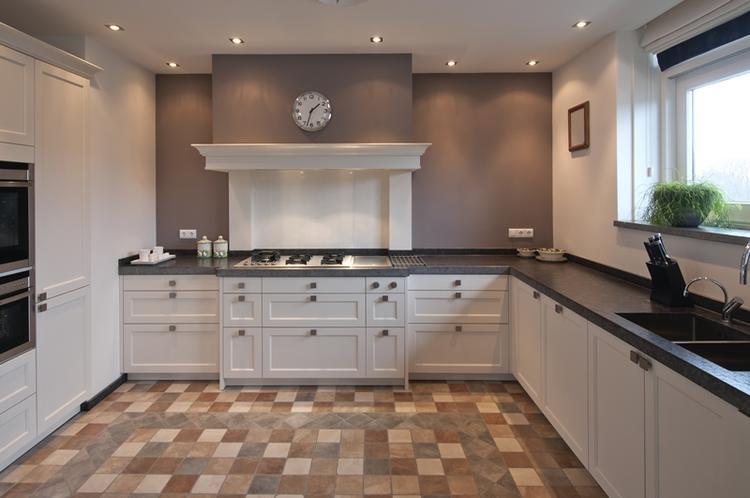 Welke Nl Keuken : Mooie strakke maar toch landelijke keuken. foto geplaatst door