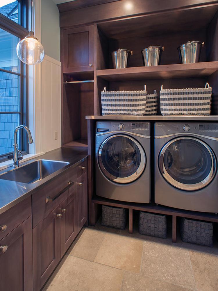 Wasmachine En Droger Op Hoogte Foto Geplaatst Door Trume