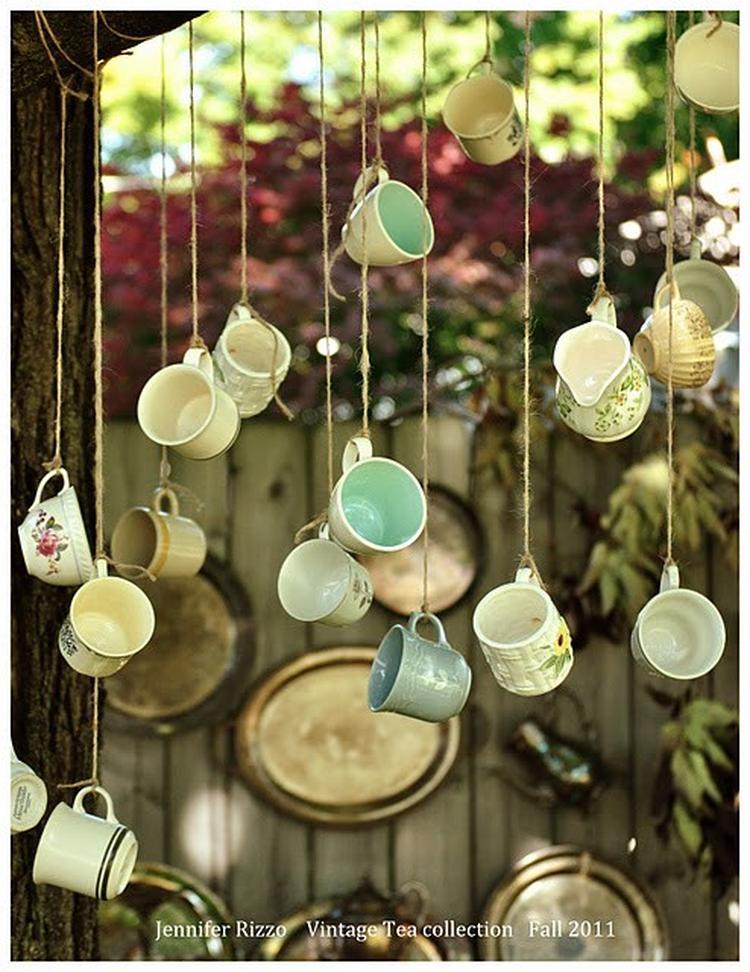 Vintage kopjes en kannetjes voor je (keuken)raam hangen. crea ...
