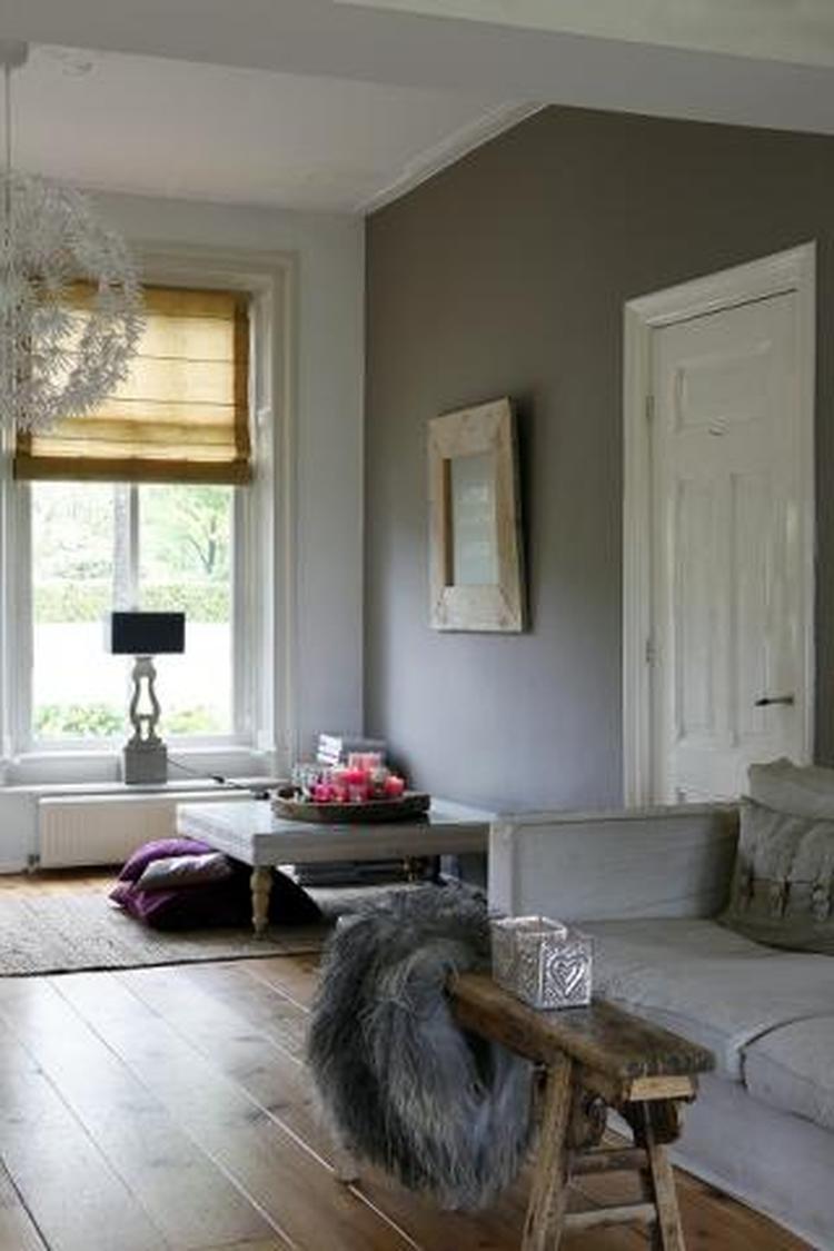 woonkamer wit grijs. Foto geplaatst door ipat op Welke.nl