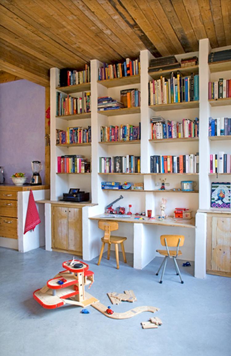 Mooie boekenkast, maar nog mooier als de horizontale planken ook van ...