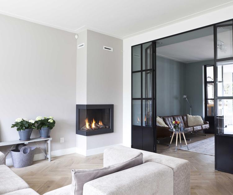 mooie strakke woonkamer met stoere suite deuren. Foto geplaatst door ...
