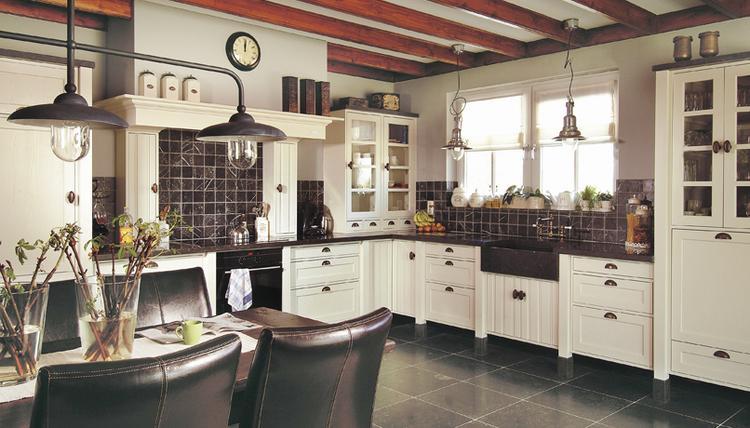 Eenvoudige Schouw Keuken : Landelijke keuken kopen in kesteren lees deze klantervaring avanti