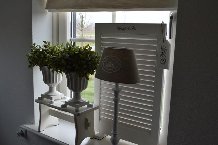 Moderne vensterbank decoratie