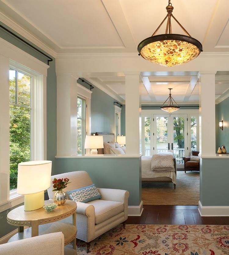 mooie kleuren en sfeer voor deze slaapkamer in een strandhuis. Foto ...