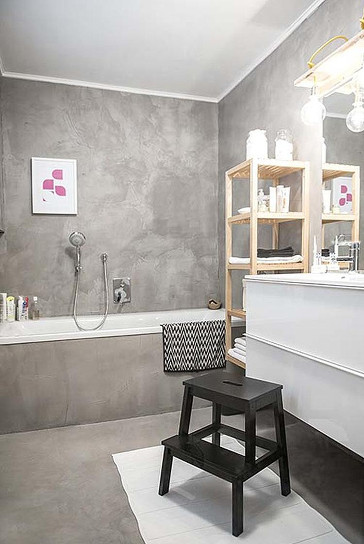 grijze badkamer italiaans stuc op de muur op de vloer en op de