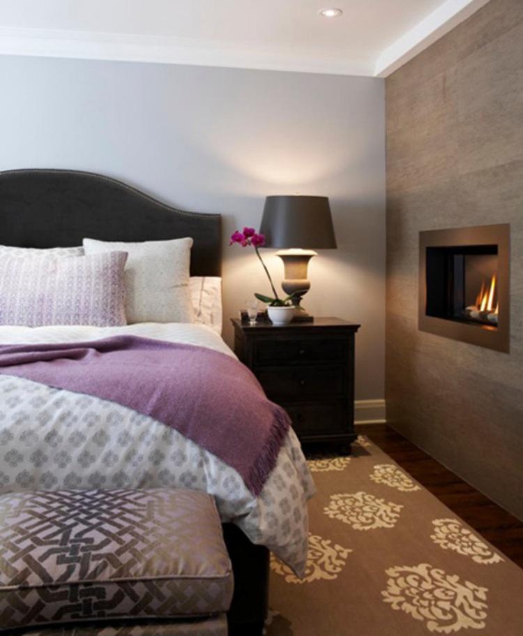 Slaapkamer met paars grijs en bruin. Mooie combinatie. Foto ...