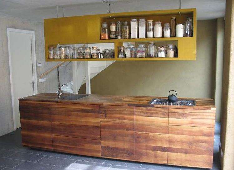 Mooie houten keuken van underlayment. foto geplaatst door ...