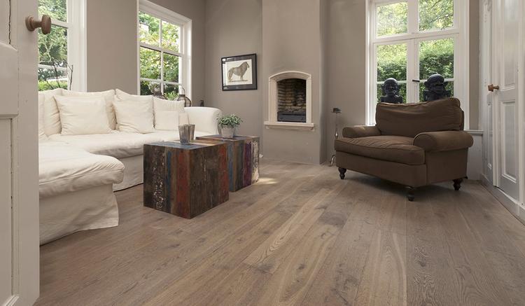 Ondervloer Eiken Vloer : Eiken houten vloer rustiek cm breed incl olie kleur na keuze