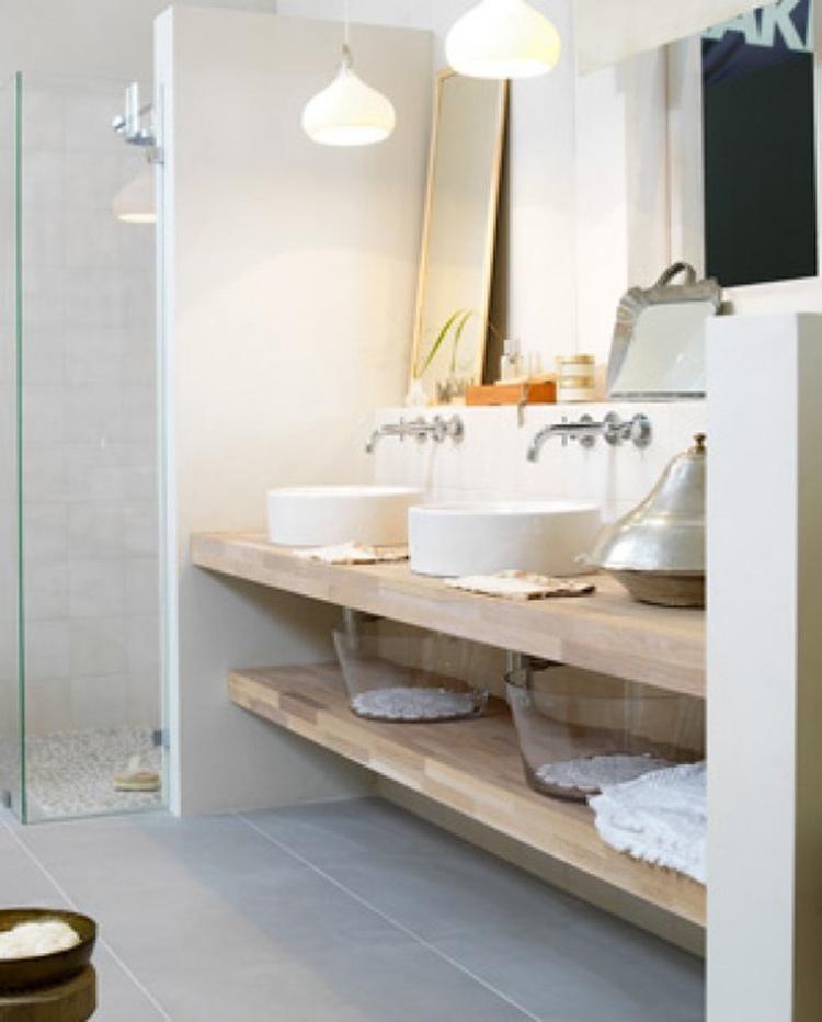 lichte badkamer wastafel. Foto geplaatst door Dewie886 op Welke.nl