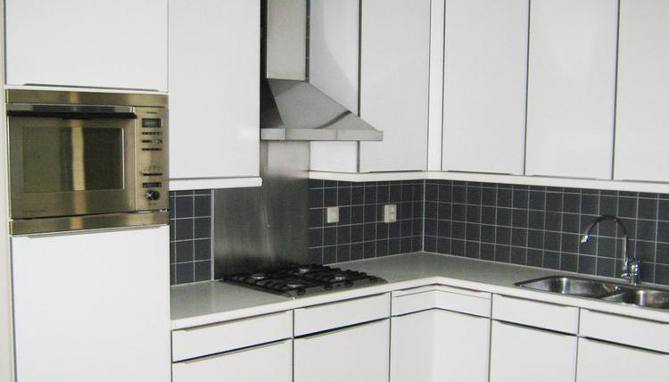 Moderne Greeploze Keuken : Moderne greeploze keuken foto geplaatst door vanhoutenenco op