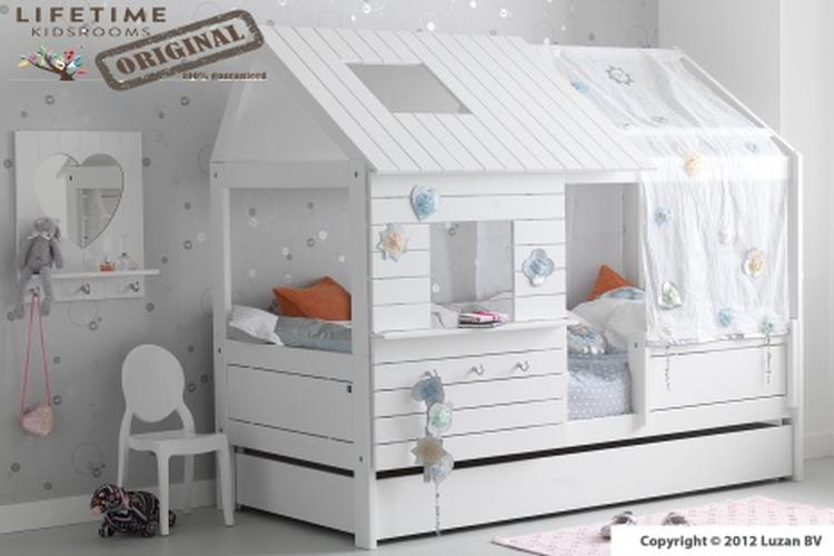 Kinderbed Met Huisje.Verkrijgbaar Bij Luzan Tienerkamers Kinderbed Huisje Van Life Time