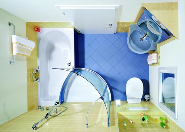 de ienieminie badkamer combineert toch met bad en douche. Foto ...