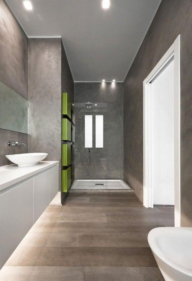 moderne badkamer, grijs Italiaans marmerstuc en strakke witte ...