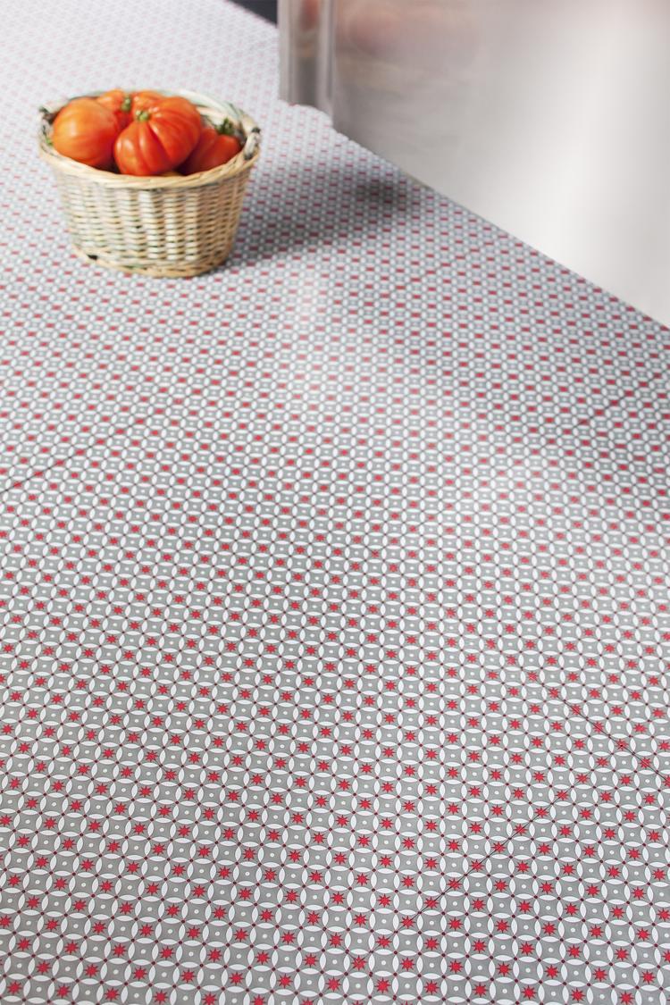 vinyl vloeren zijn weer helemaal terug en deze zelfklevende