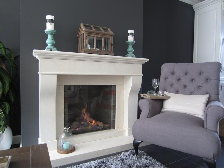 stijlvol landelijk interieur met klassieke kleuren en materialen door de frisse toevoeging van de groene