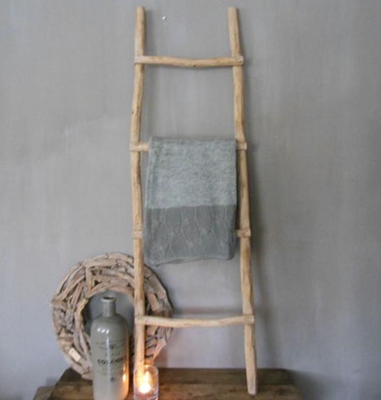 Robuuste Houten Ladder.Stoere Houten Ladder Leuk Om Mee Te Decoreren Woonhuys45 Stijlvol