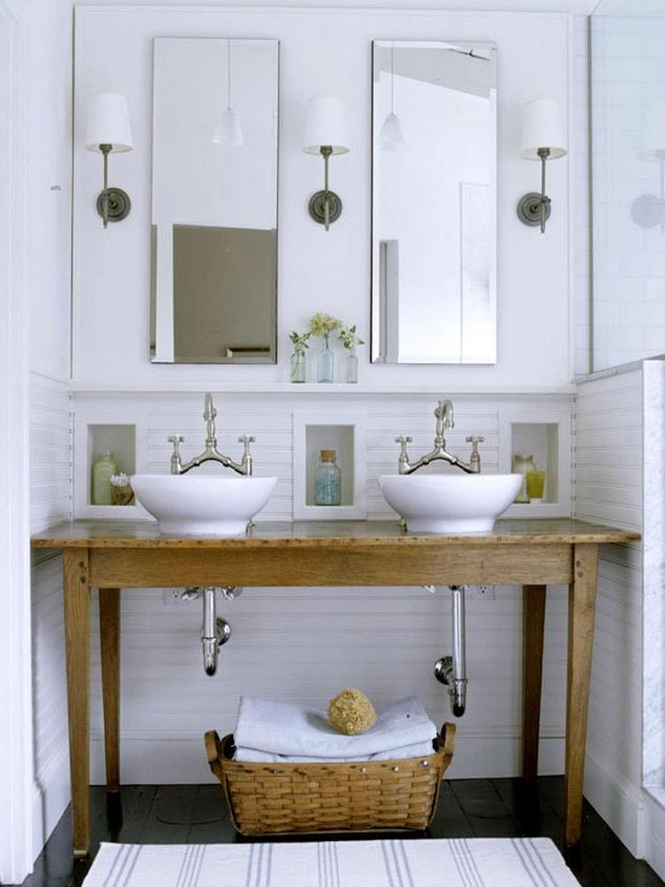 Badkamermeubel gemaakt van brocante oude tafel! Kijk voor unieke ...