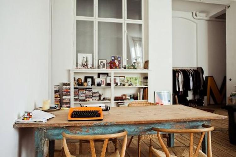 Toffe oude houten tafel foto geplaatst door wittekoppeke op welke