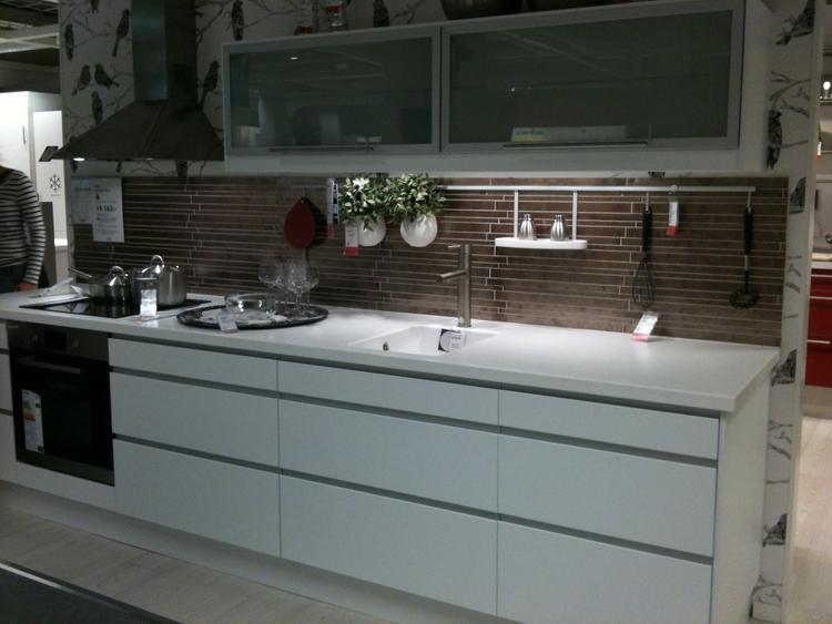 Ikea arsta keuken. foto geplaatst door jmloriaux op welke.nl