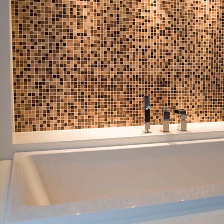 nis van mozaiek in badkamer. Foto geplaatst door Brigitt op Welke.nl