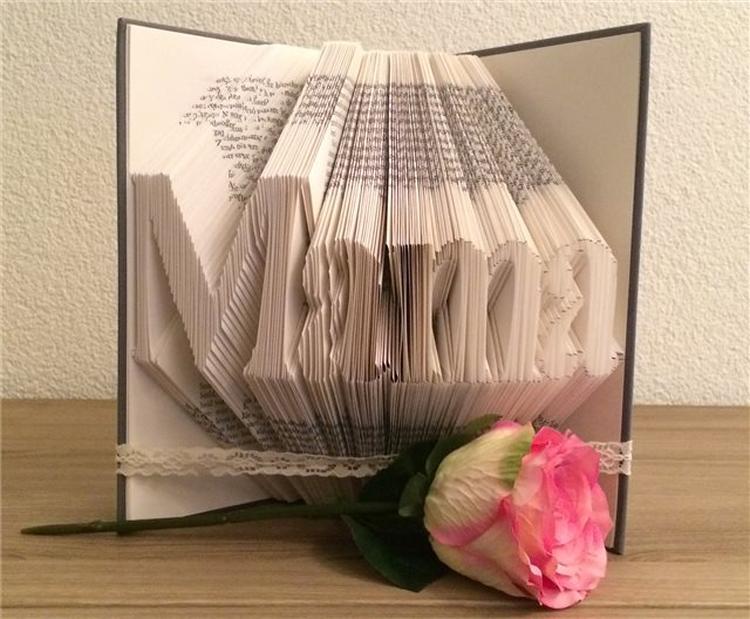 Leuk En Origineel Cadeau Voor Moederdag Een Gevouwen Boek
