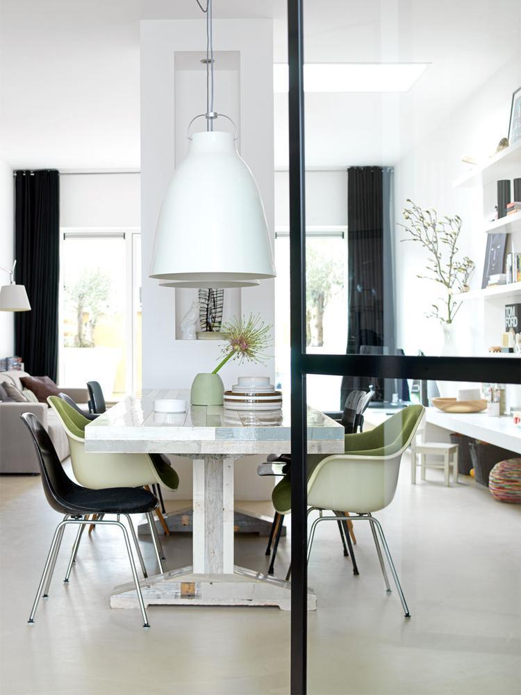 Pilaar in woonkamer. Foto geplaatst door Desiree87 op Welke.nl