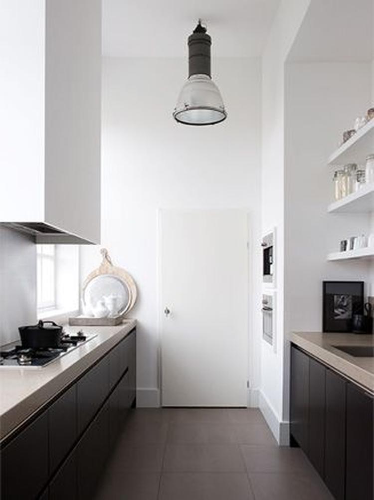Keuken zwart muur - Keuken zwarte tegels en witte ...