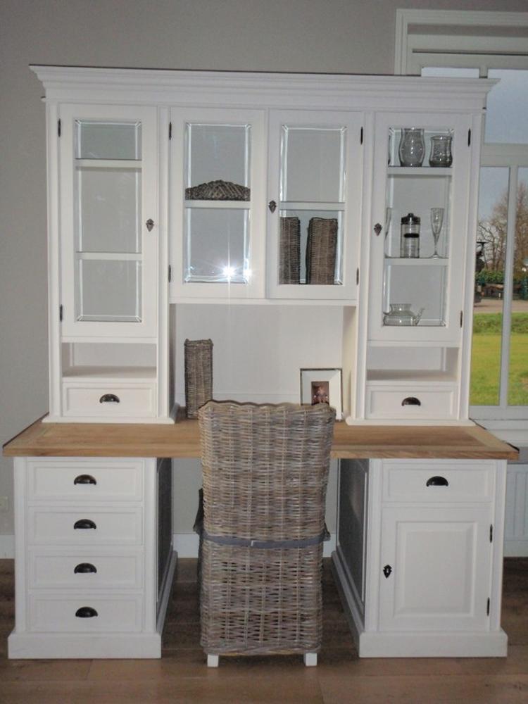 Een mooie werkplek in de woonkamer woonkamer inspiratie for Kast voor woonkamer