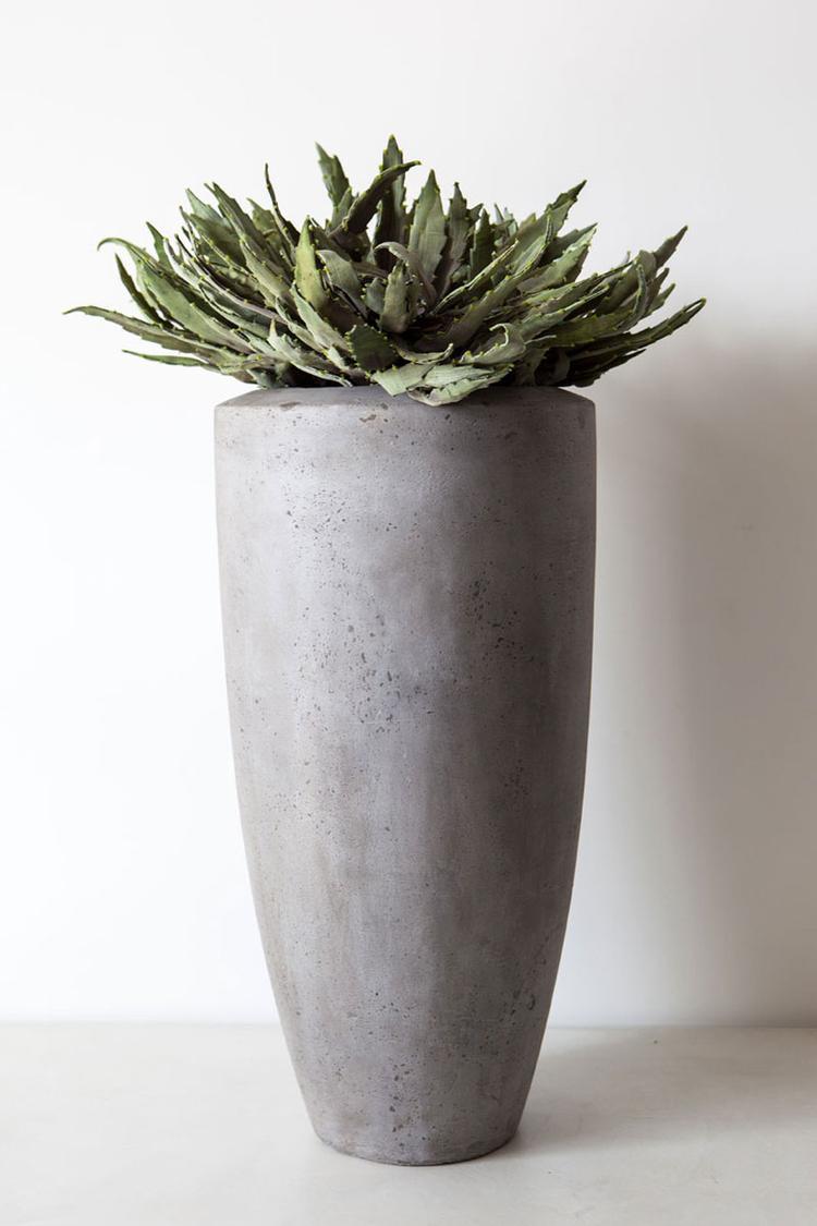 Hoge vaas/pot voor in huis. Deze vaas/pot geeft uw woning een ...