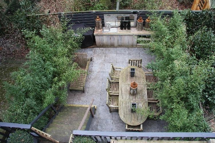 Grote Tegels Tuin : Voor de tuin grote tegels foto geplaatst door lesliedje op welke