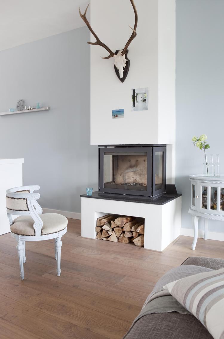 Bruine meubels welke kleur muur Welke muur verven woonkamer