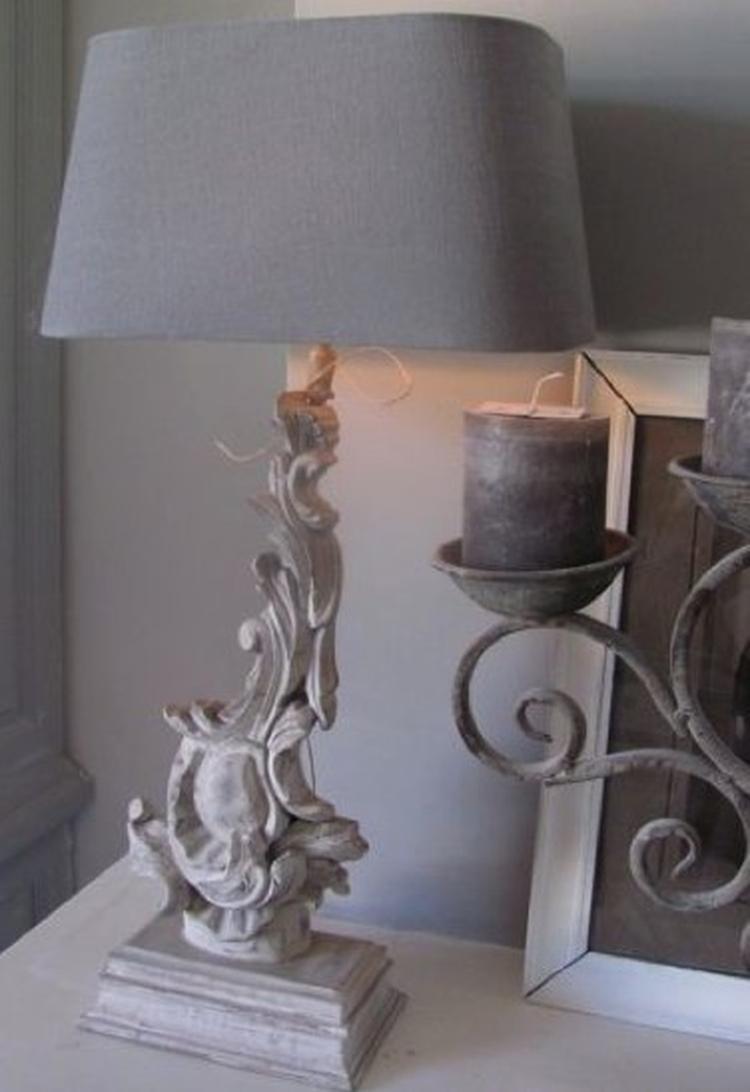Mooi Barok Bankje.Lamp Met Mooie Barokke Poot Www Cedante Nl Foto Geplaatst Door